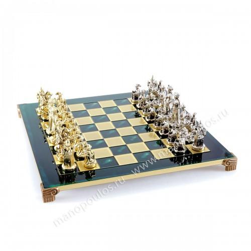 """Шахматный набор """"Рыцари Средневековья"""" зеленая доска 44x44 см, фигуры золото-серебро"""